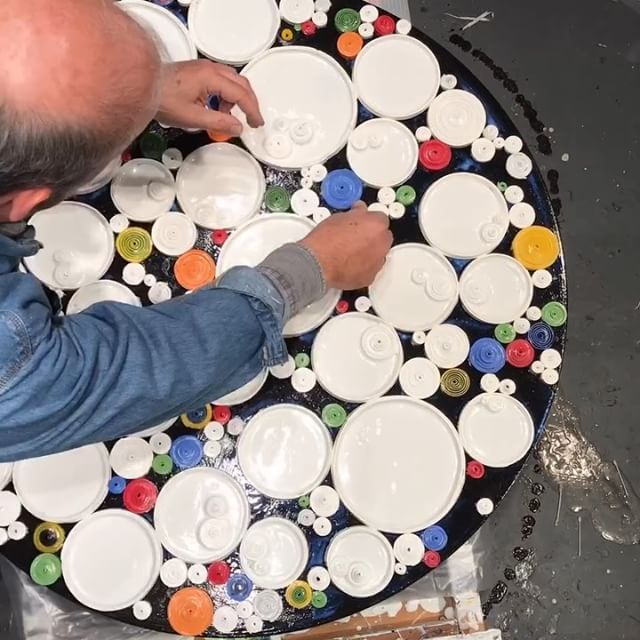 "In the studio: Time lapse video of new circumference series 35"" round (89cm) being worked on. This one will be shown at my ICB Winter Open Studios @icbartists December 1st through 3rd - 11am to 6 pm plus a fun Friday night December 1 kickoff event. 100 artists in one art filled building - 480 Gate 5 Rd. Studio 275 Sausalito Ca. . . As always much more fun seeing this in a short timelapse version vs the real thing. Great to be working on a number of pieces for upcoming shows and clients. Stay tuned for more art vids of the finished piece. ."