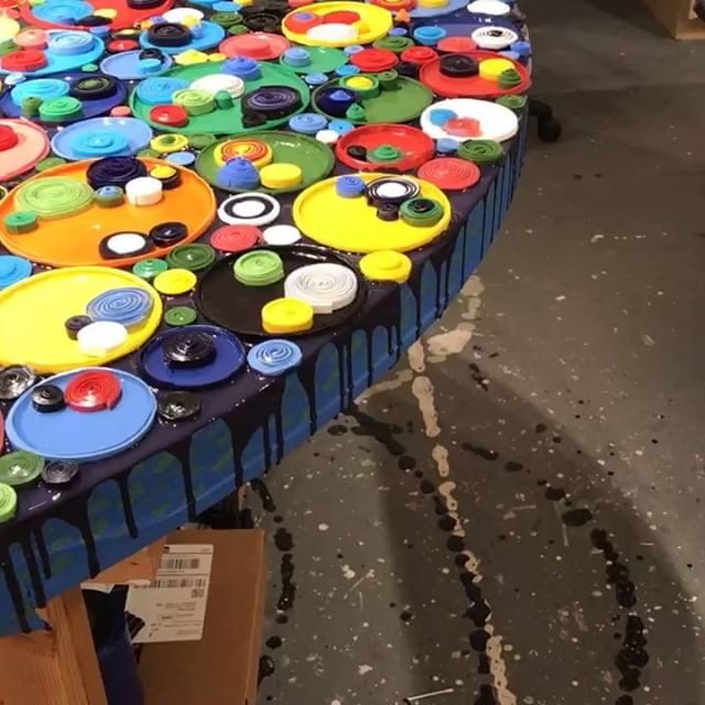 Today in the studio: Getting those gaps in-between the circles/ discs filled and edges started. Lots of touch up and clear varnish coats to come. This piece will be on display at @icb_winter_open_studios Open studios at the @icbartists starts on Friday November 30th with and runs through Sunday December 2nd. Stay tuned for more art projects from Sausalito !! .. . . . . . .