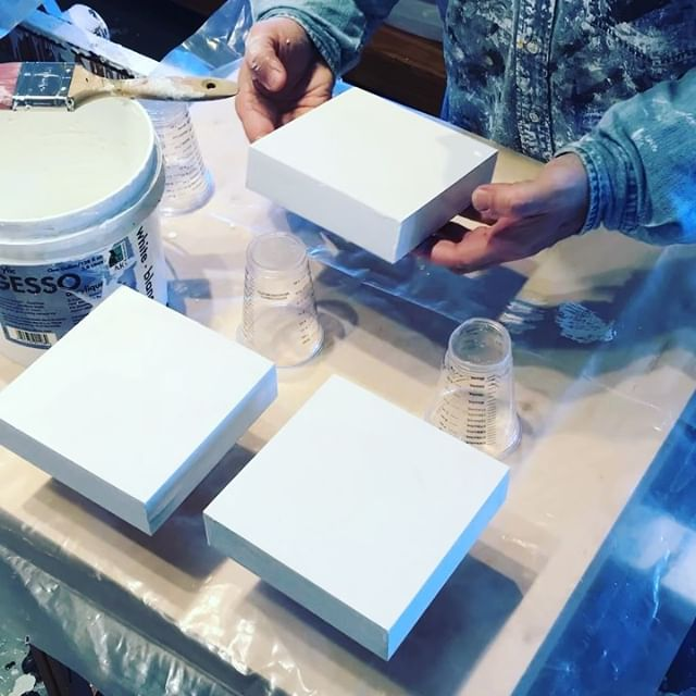 Today in the studio: It's white gesso prep Sunday in studio land. Gesso - light sanding - gesso - then a few layers of gloss titanium white. The glam part of the art filled life.  Happy Sunday y'all. . . . . . . . .