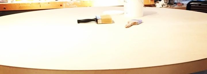 In the studio: Time-lapse of caffeinated 1st gesso coat on a big 7' (2.13m) round painting. I&#