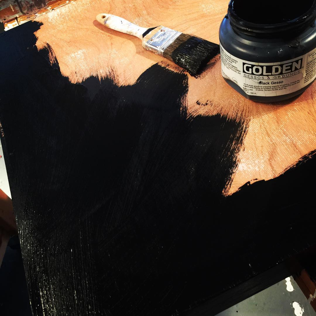 Today in the studio: back to black. 2 coats of black gesso, sand and then a few coats of black gloss acrylic makes for a great base. Starting a new yet unmanned series with a couple of test pieces. Stay tuned.